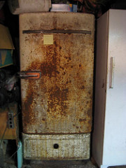 rusty-fridge